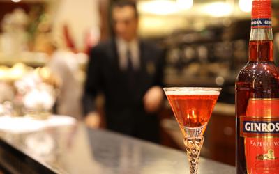 Gin Rosa, il drink che ha fatto la storia